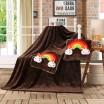 Detská deka tmavo hnedej farby 3v1 s dúhovými medvedíkmi