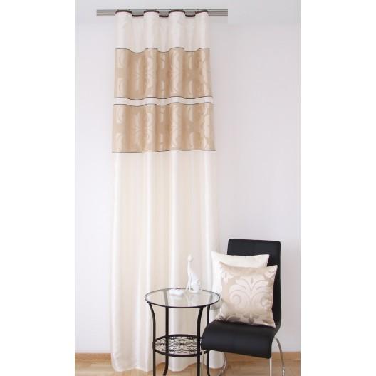 Okenné závesy krémovo béžovej farby do spálne