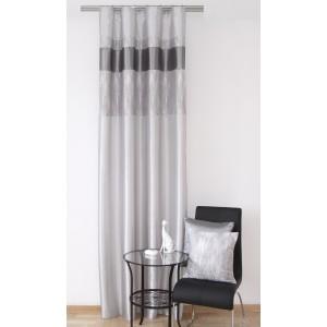 Pruhované moderné sivé závesy do bytu