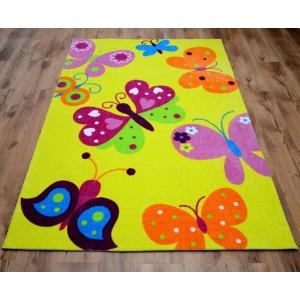 Detský žltý koberec s motýlikmi