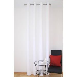 Elegantné hotové závesy do izby bielej farby