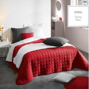 Francúzsky červený prehoz na manželskú posteľ