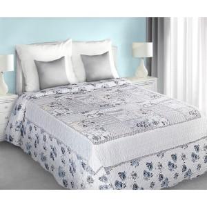 Bielo modrý prehoz na posteľ patchwork s kvetovým vzorom