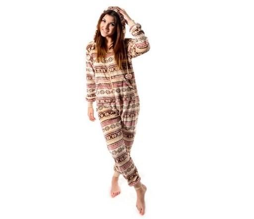 Krémové dámske overaly na spanie s nórskym vzorom rozmer L
