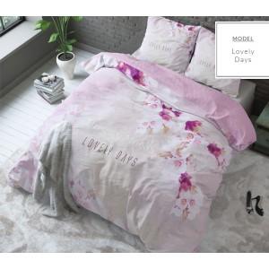 Ružové posteľné obliečky s motívom kvetín