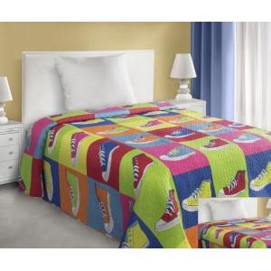 Farebný prehoz na posteľ s prešívaným motívom