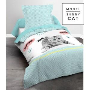 Súprava bielych bavlnených posteľných obliečok s motívom mačiatka