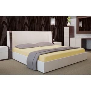 Svetložlté napínacie plachty na postele