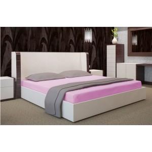 Prestieradlo na posteľ tmavo ružovej farby