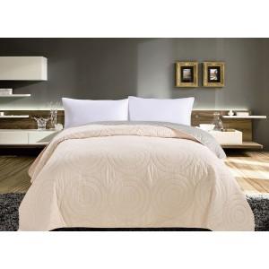 Krémové obojstranné prehozy na postele