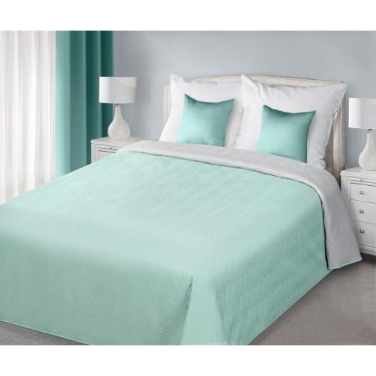 Modré obojstranné prikrývky na posteľ