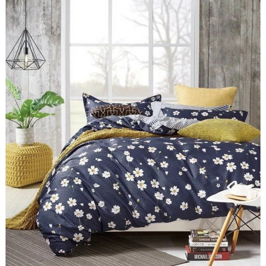Tmavomodré obojstranné posteľné obliečky s kvetmi