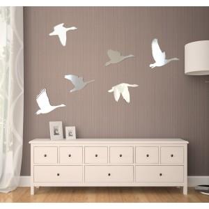 Dekoračné interiérové zrkadlá vo vzore labutí