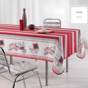 Červený dekoračný obrus na kuchynský stôl