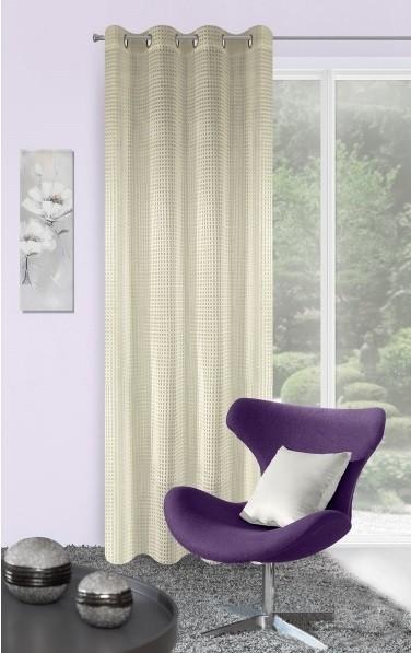 Elegantné závesy do izby krémovej farby
