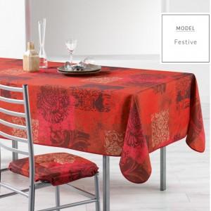 Červený kuchynský obrus s vianočným vzorom