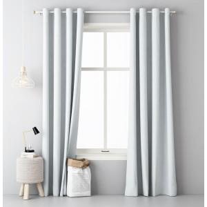 Biely jednofarebný záves do spálne 140 x 250 cm