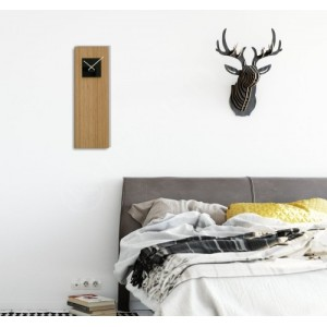 Bambusové hodiny na stenu s čiernym ciferníkom