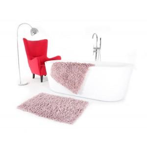 Ružová predložka do kúpeľne
