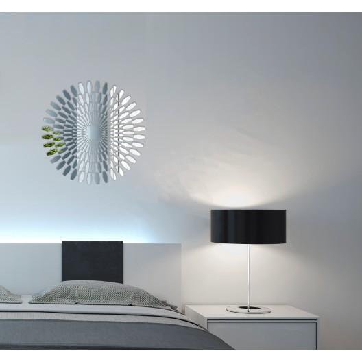 Okrúhle dekoračné zrkadlo na stenu