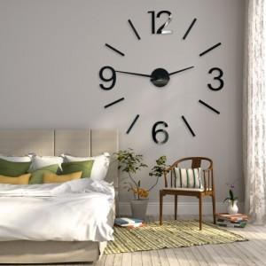 Dekoračné hodiny na stenu v čiernej farbe