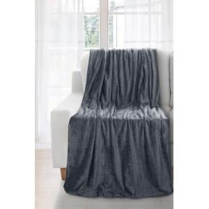 Tmavo sivé deky s kockami