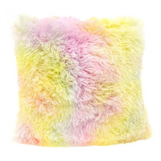 Chlpatá obliečka na vankúš dúhovej farby