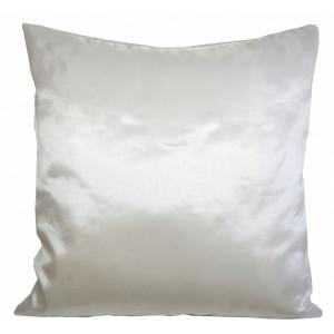 Lesklá krémová dekoračná obliečka na vankúš