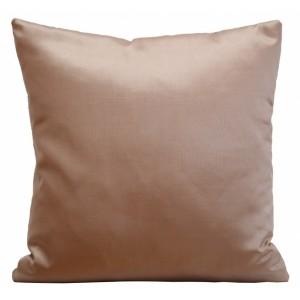 Lesklá saténová obliečka na vankúš kakaovo béžovej farby