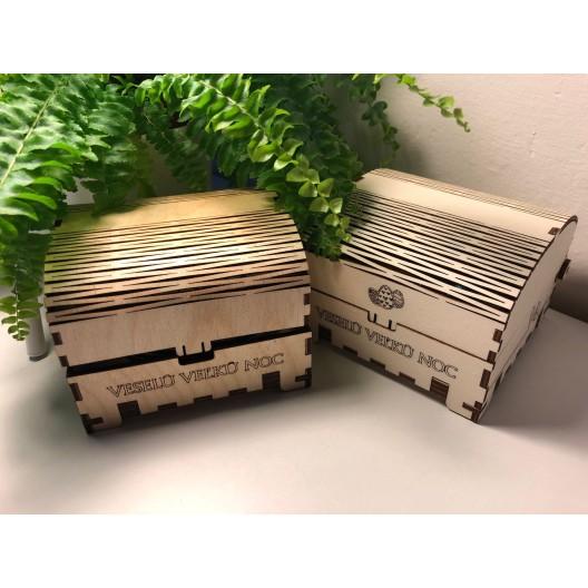 Drevené krabičky s veľkonočným motívom