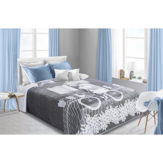 Prikrývka na posteľ s romantickým motívom striebornej farby