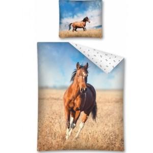 Obliečky na posteľ kôň
