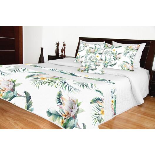 Prehoz na manželskú posteľ biely s kvetmi