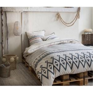 Béžové vzorované posteľné návliečky