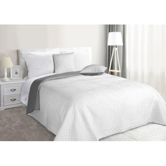 Obojstranný prehoz na posteľ striebornej farby