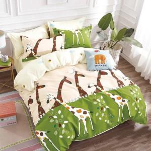 Detská obliečka na posteľ v krémovo zelenej farbe so žirafami