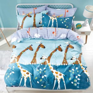 Detská posteľná návliečka v modrej farbe so žirafami