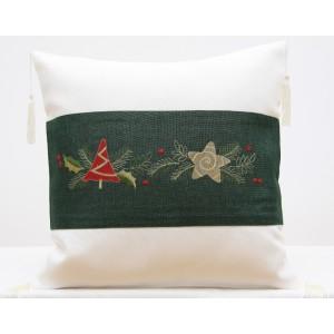 Dekoračná vianočná obliečka na vankúš so strapcami