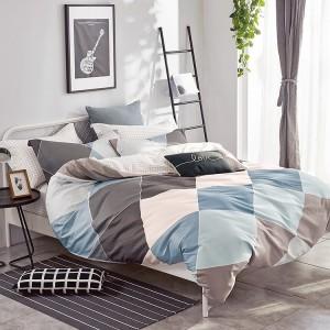 Originálna obojstranná návliečka na posteľ v hnedej farbe s farebným vzorom