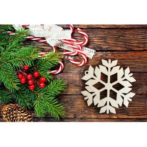 Drevená vločka na vianočný stromček