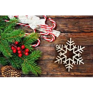 Vyrezávaná vločka na vianočný stromček