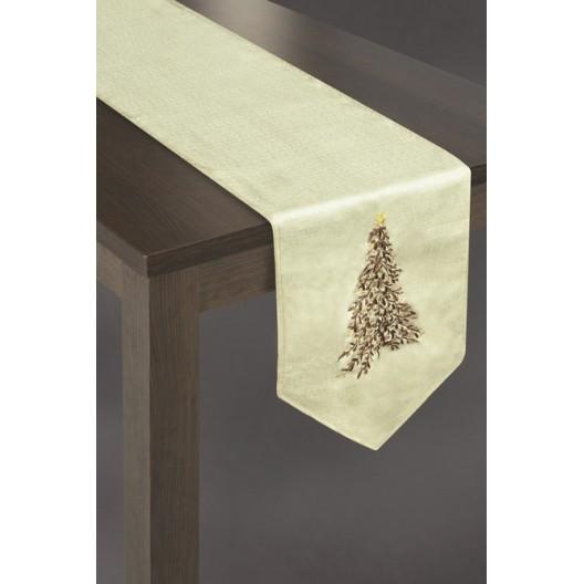 Krémové vianočné prestieranie na stôl s vianočným stromčekom