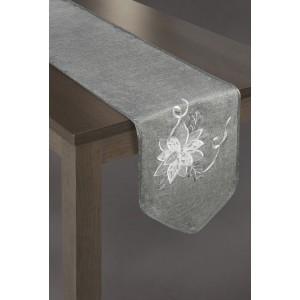 Tmavo sivý behúň na stôl s originálnou výšivkou na konci
