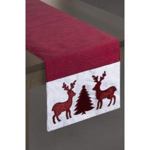 Vianočný behúň na stôl v červenej farbe s motívom stromčeka a sobov