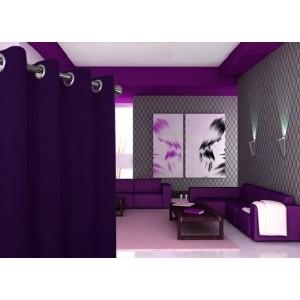 Jednofarebné moderné závesy v tmavo fialovej farbe