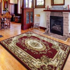 Luxusný koberec v červenej farbe