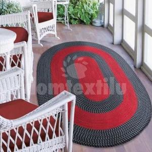 Kvalitný červený koberec ovál