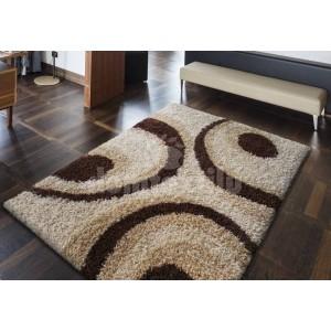 Kvalitný mäkký koberec béžovej farby