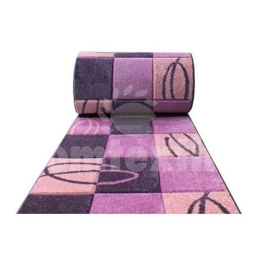 Moderný fialový koberec na metre