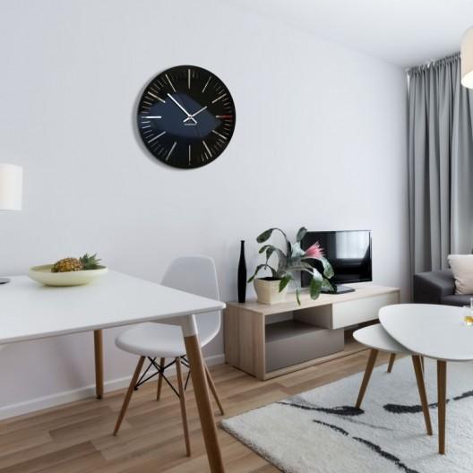 Elegantné lesklé hodiny do obývačky v čiernej farbe